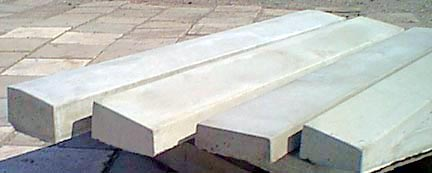 Precast concrete door threshold
